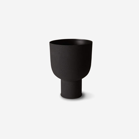 LM Home - Mona Curve Planter Small Black - Planter  SIMPLE FORM.