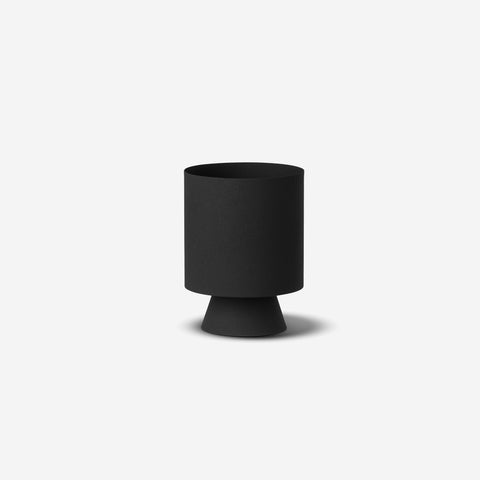 LM Home - Mona Planter Small Black - Planter  SIMPLE FORM.