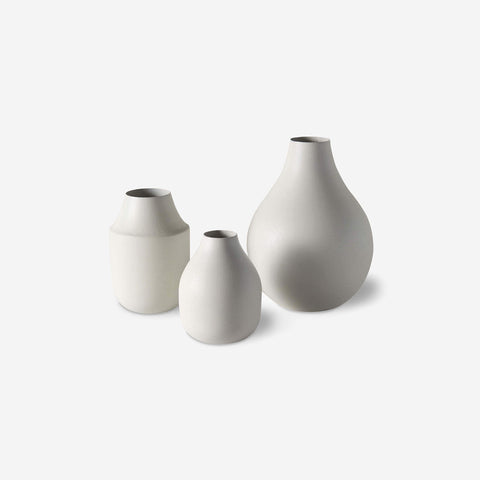 SIMPLE FORM. - LM Home - Mona Trio of Vases Chalk - Vase
