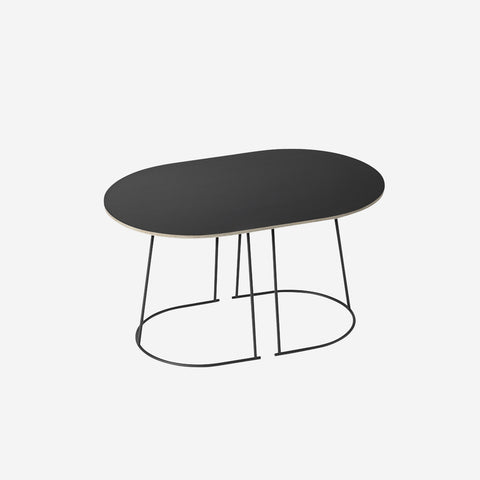 SIMPLE FORM. - Muuto - Airy Coffee Table Small Black by Muuto - Table