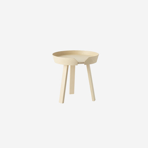 SIMPLE FORM. - Muuto - Around Coffee Table Small Ash By Muuto - Side Table