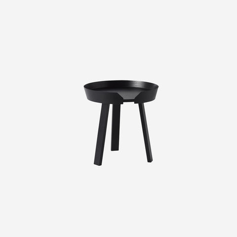 SIMPLE FORM. - Muuto - Around Coffee Table Small Black By Muuto - Table