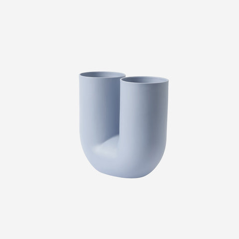 SIMPLE FORM. - Muuto - Kink Vase Blue by Muuto - Vase