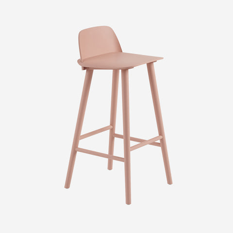 SIMPLE FORM. - Muuto - Nerd Bar Stool Rose by Muuto - Stool