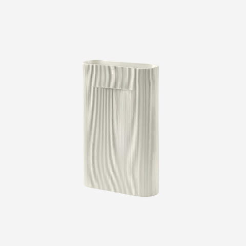 SIMPLE FORM. - Muuto - Ridge Vase Large Off White by Muuto - Vase