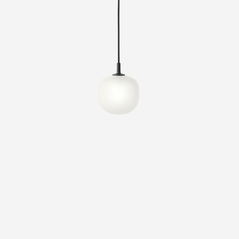 SIMPLE FORM. - Muuto - Rime Pendant Ø12cm Black by Muuto - Pendant