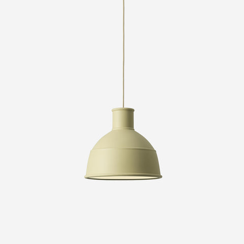 SIMPLE FORM. - Muuto - Unfold Pendant Green Beige - Pendant
