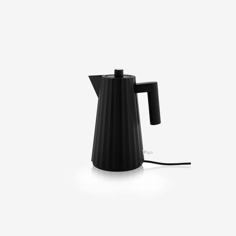 Alessi - Plisse Electric Kettle Black - Kettle  SIMPLE FORM.