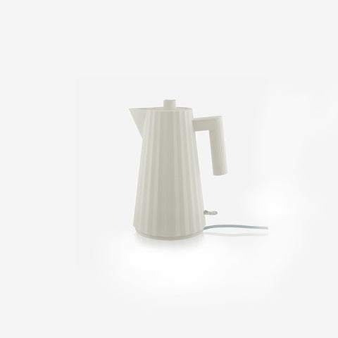 SIMPLE FORM. - Alessi - Plisse Electric Kettle White - Kettle