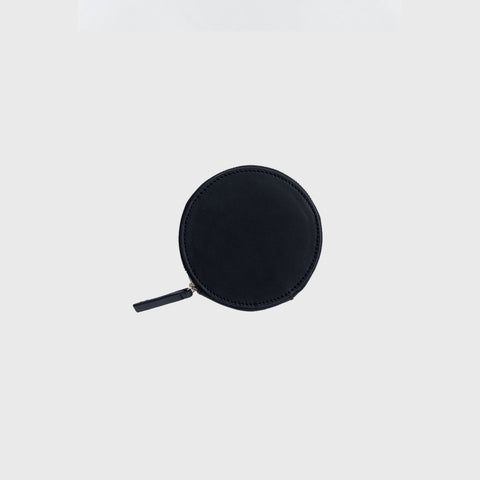 SIMPLE FORM. - Baggu - Black Leather Circle Wallet - Bag