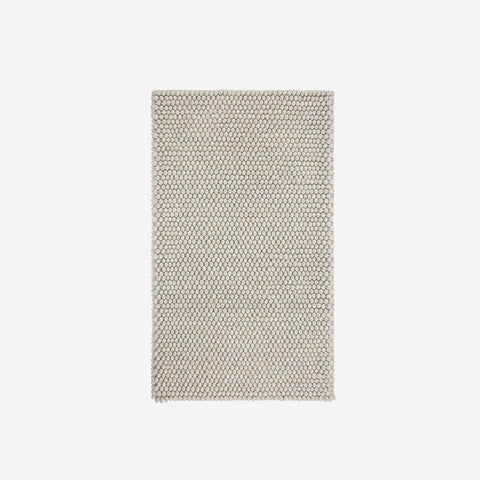 SIMPLE FORM.-HAY Peas Rug Soft Grey Rug