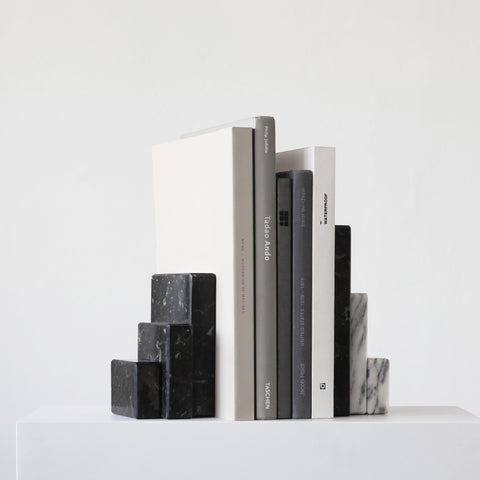 SIMPLE FORM. - Kristina Dam - Bookend Sculpture - Book Ends