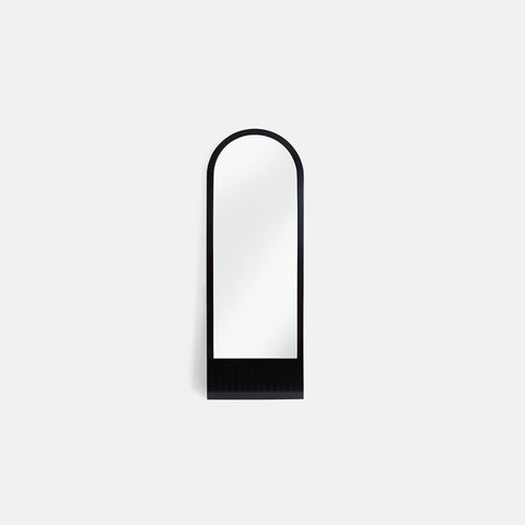 SIMPLE FORM. - Made of Tomorrow - Arch Lean Mirror Black - Mirror