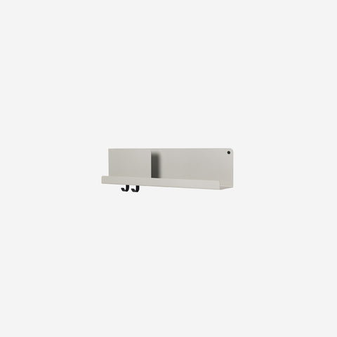 SIMPLE FORM. - Muuto - Folded Shelf Medium Grey - Wall Shelf