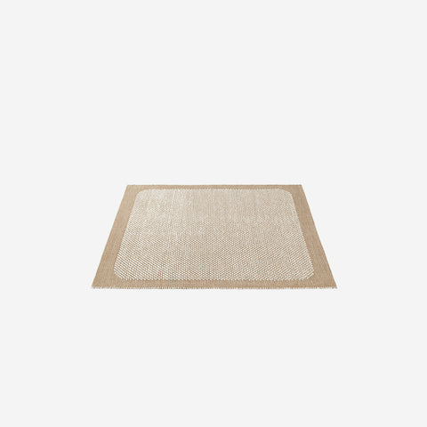 SIMPLE FORM. - Muuto - Pebble Rug Burnt Orange 240x170cm - Rug