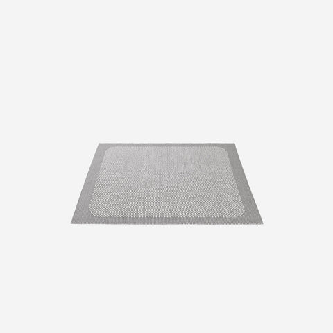 SIMPLE FORM. - Muuto - Pebble Rug Light Grey 240x170cm - Rug