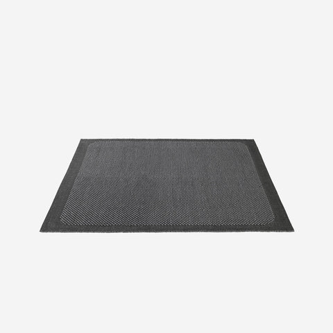 SIMPLE FORM. - Muuto - Pebble Rug Dark Grey 300x200cm - Rug