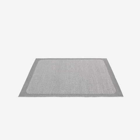 SIMPLE FORM. - Muuto - Pebble Rug Light Grey 300x200cm - Rug