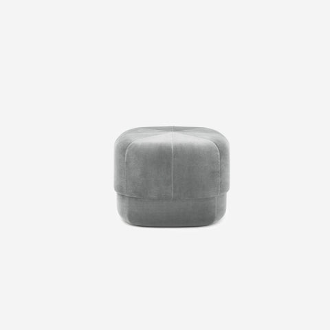 SIMPLE FORM. - Normann Copenhagen - Circus Pouf Small Grey Velour - Pouf