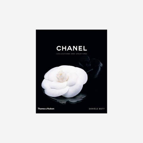 SIMPLE FORM. - Reading Matters - Chanel : Collections & Creations Book - Book
