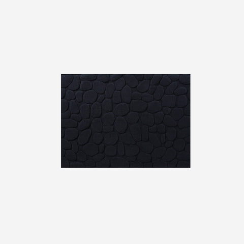 SIMPLE FORM.-Ottaipnu Ishikoro Pebble Bath Mat Black Bath Mats