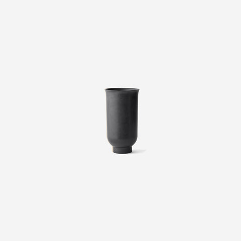 Menu - Cyclades Vase Small Black - Vase  SIMPLE FORM.