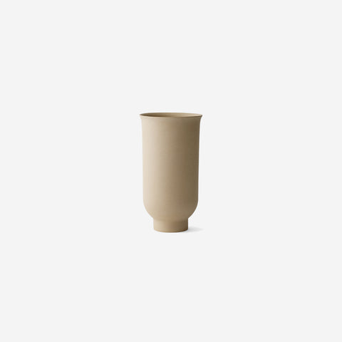 SIMPLE FORM.-Menu Cyclades Vase Large Sand Vase