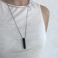 Spike Pendant Front Short Black