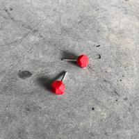 RED polymer gem stud earrings / עגילי פולימר אדומים - studio oh design