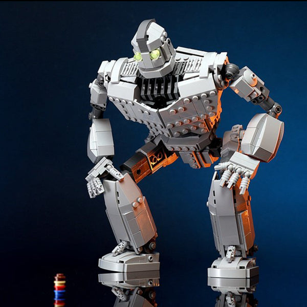 MOC Iron Giant - Your World of Building Blocks