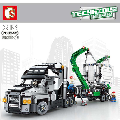 SEMBO 703940 The City Technic Mack Truck
