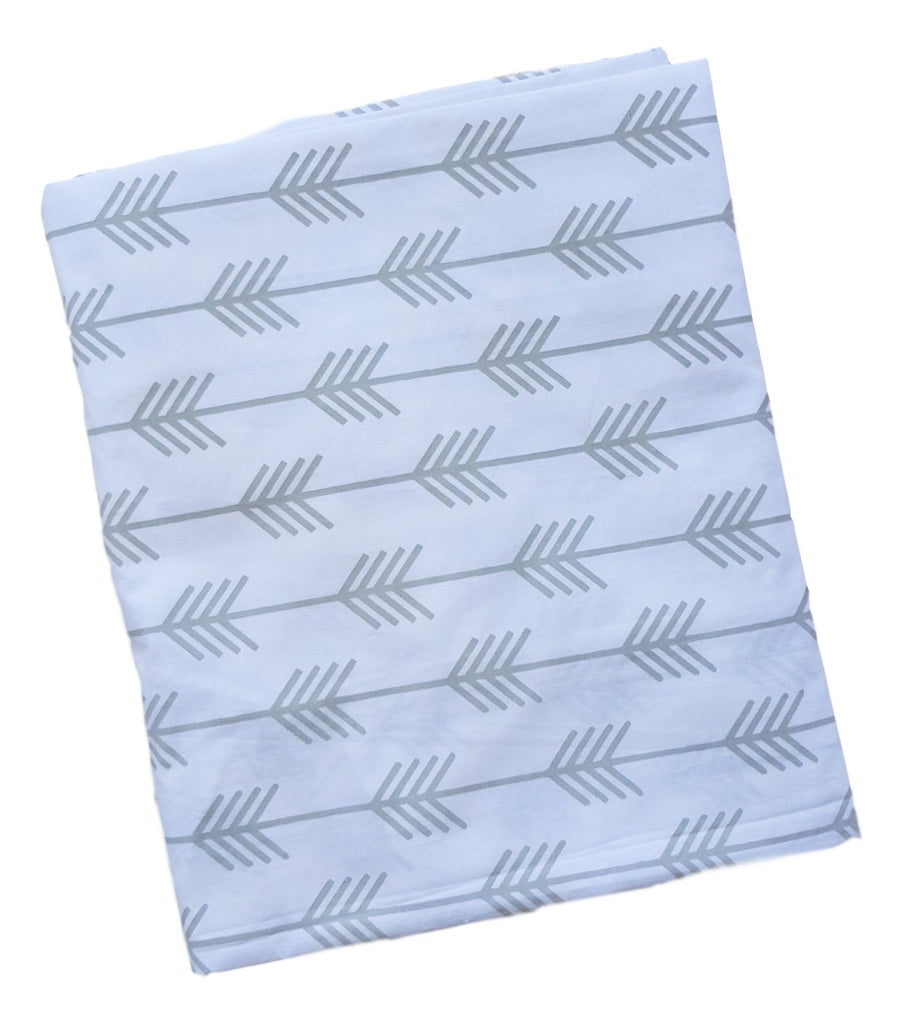 Crib Fitted Sheet - Grey Arrows