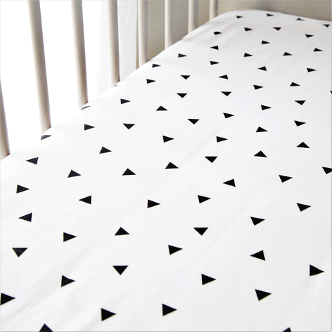 Crib Fitted Sheet - Triangles  (4 Colours)