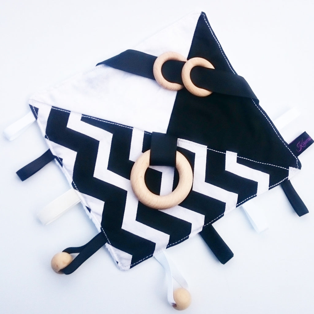 Monochrome zig zag sensory blanket for babies and toddlers