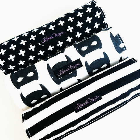 Monochrome Burp Cloth Gift Set