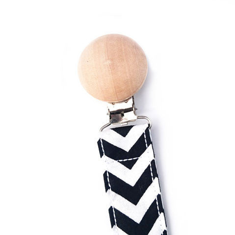 Baby black and white chevron dummy clip