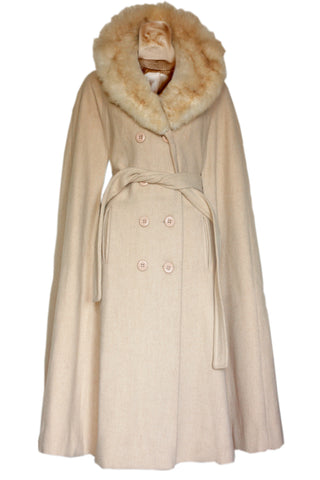 Wool vintage coat in white - SoLovesVintage