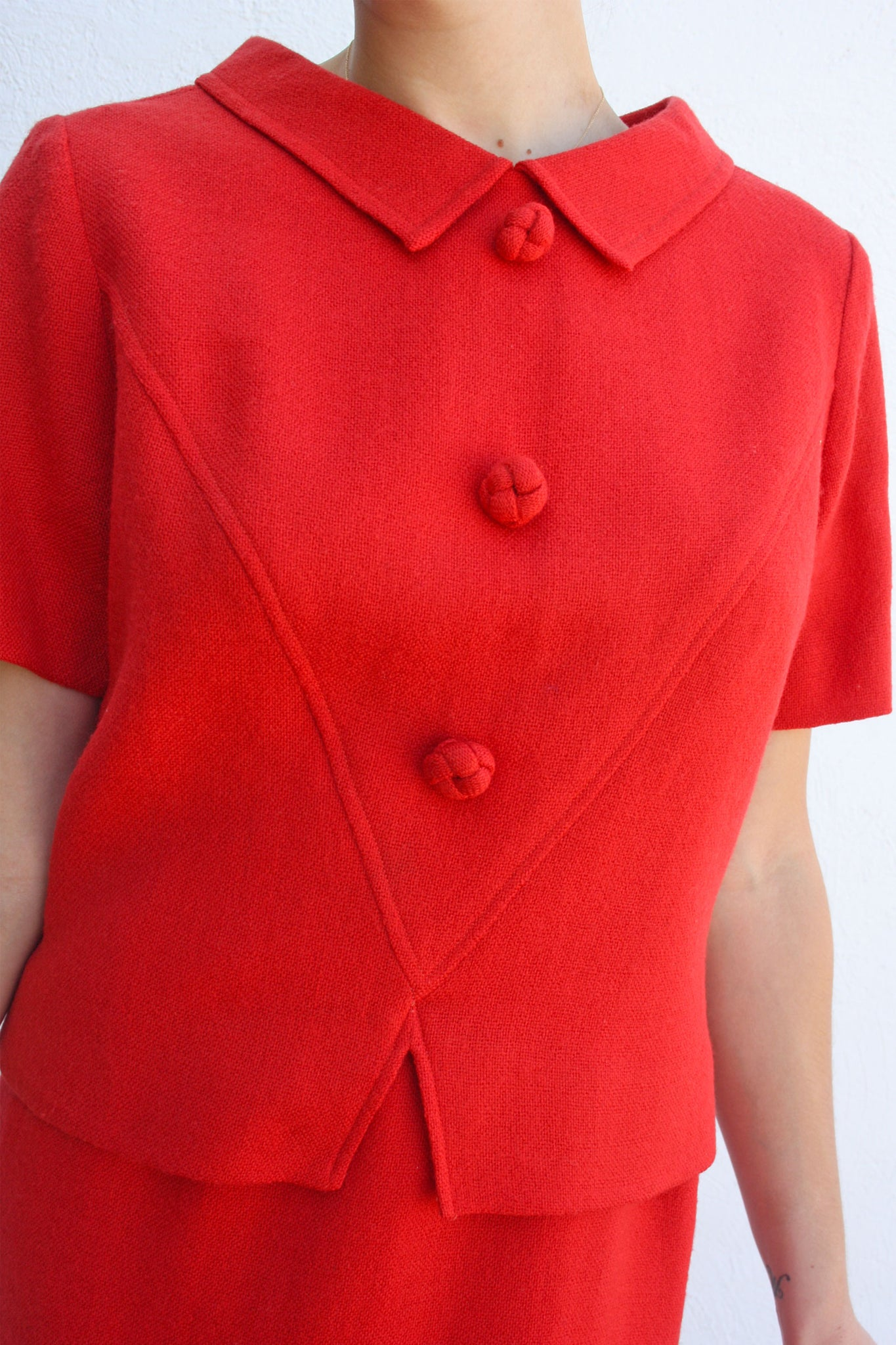Vintage 1950's red vintage suit - Shop SoLovesVintage