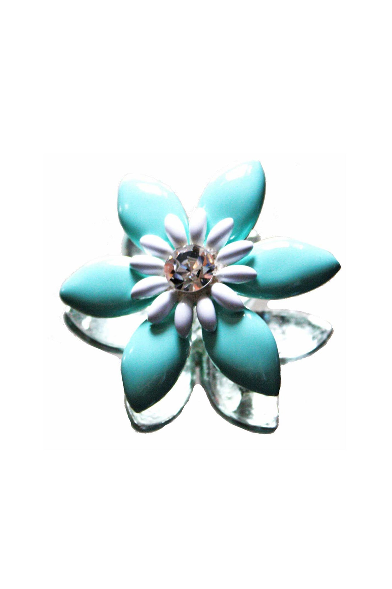 Vintage daisy shaped brooch - SoLovesVintage