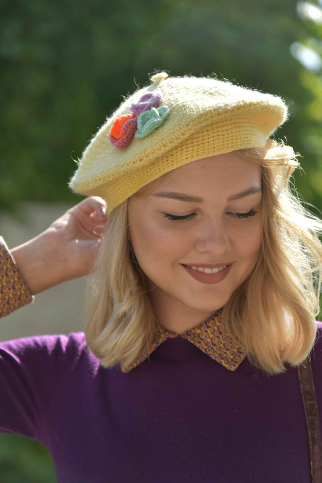 Vintage wool yellow beret hat - SoLovesVintage