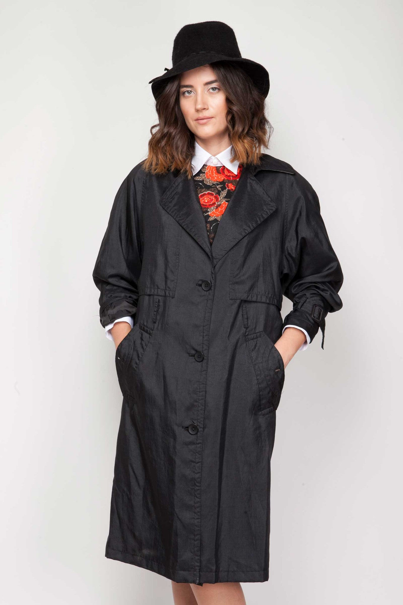 Presley trench - www.solovesvintage.com