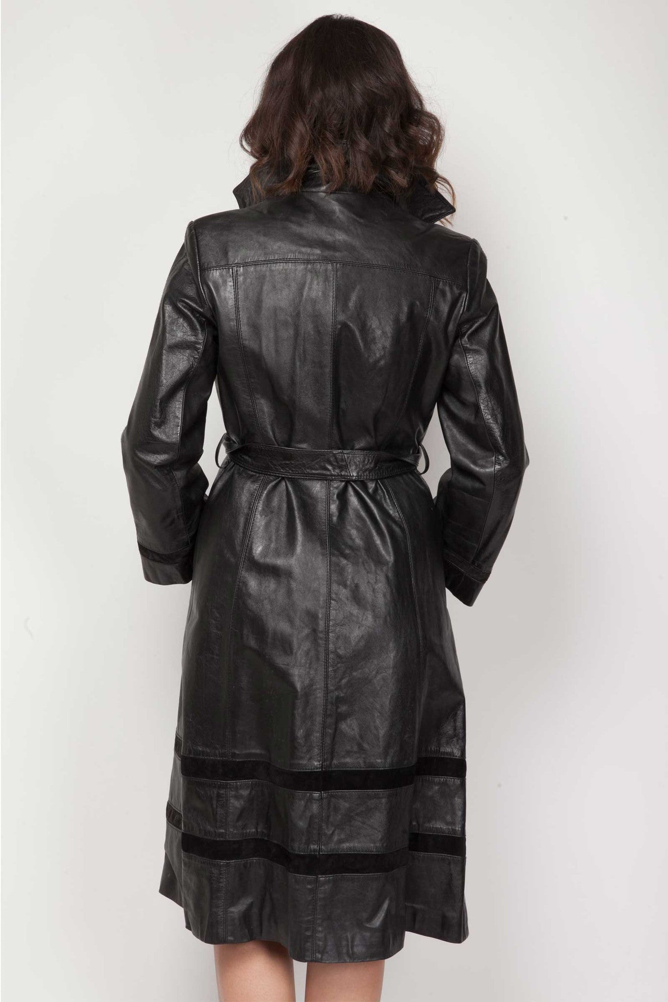 Kylie leather coat - www.solovesvintage.com