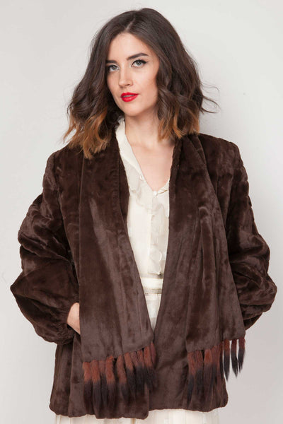 Poppy fur jacket - www.solovesvintage.com