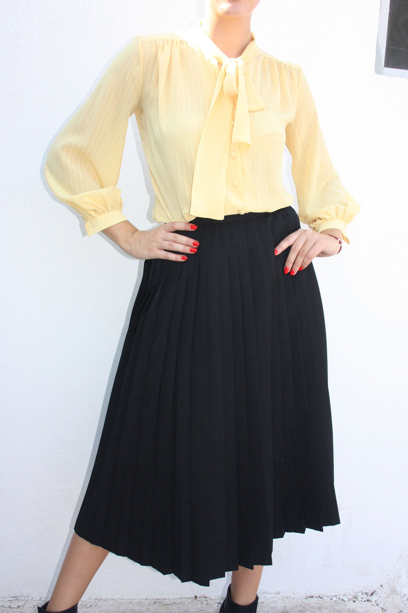vintage yellow pussy bow blouse - Shop SoLovesVintage