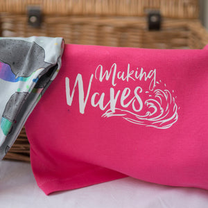 Making Waves (Fuschia Pink)