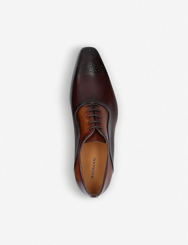 Punched leather Oxford shoes