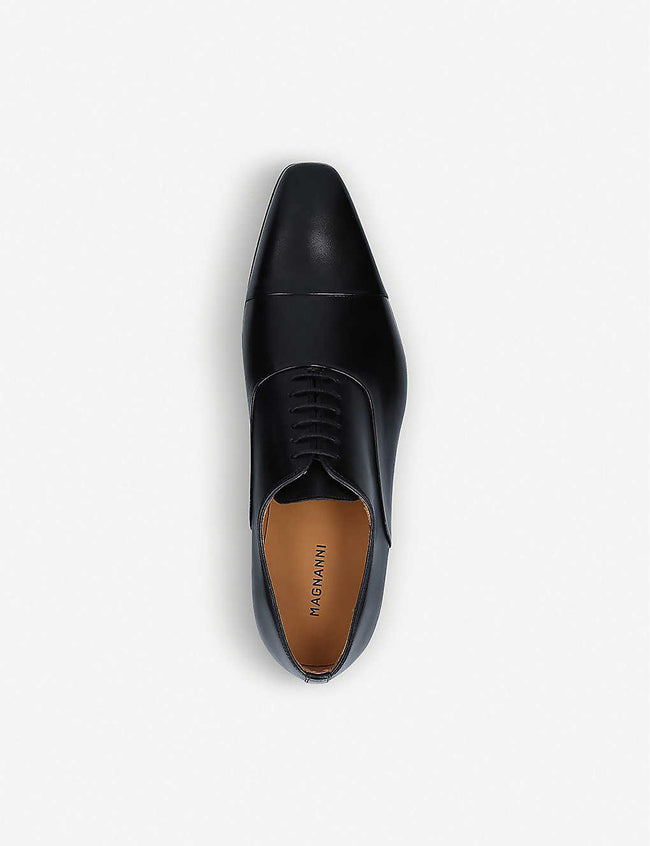 Toe cap leather oxford shoes