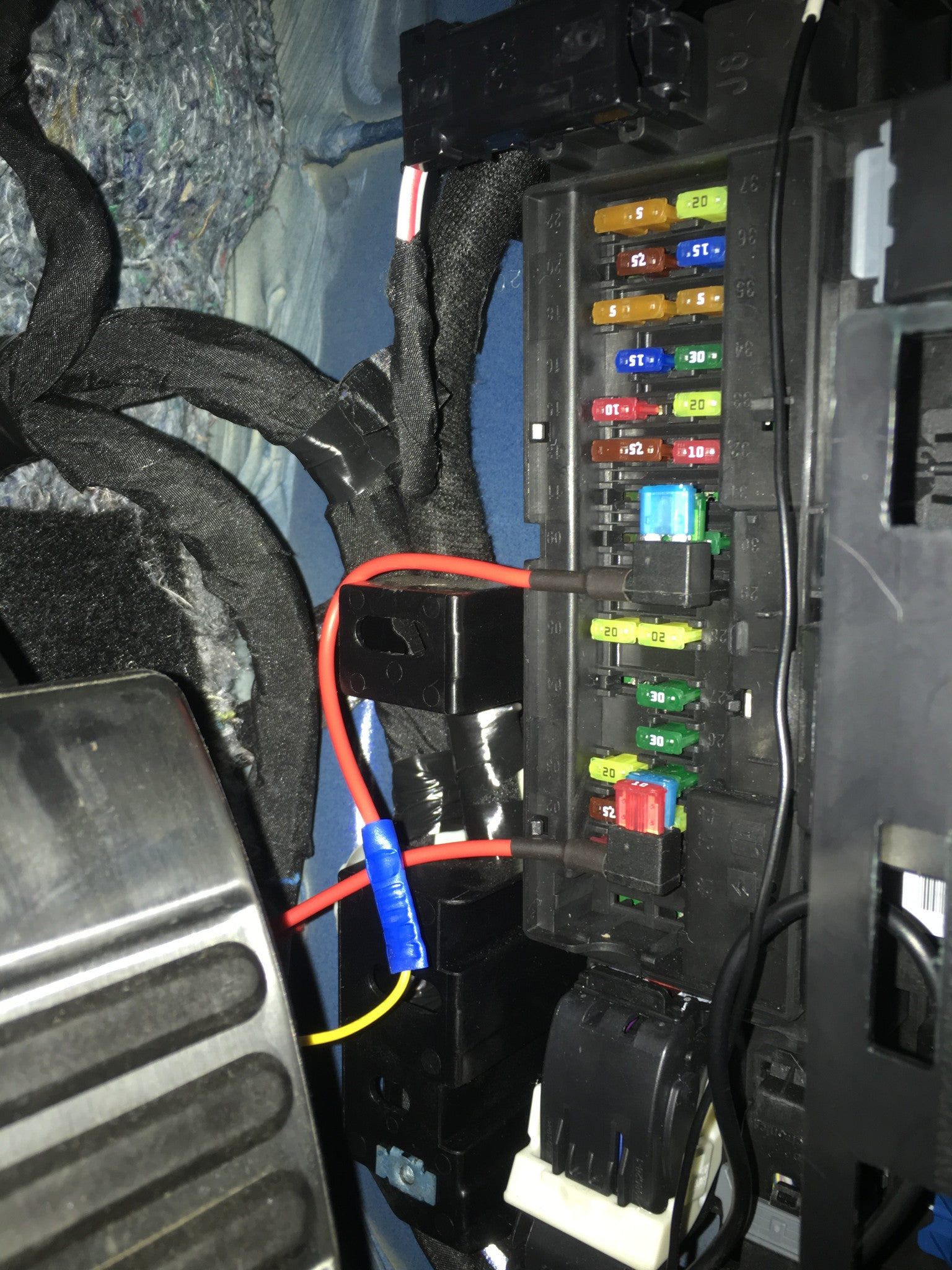 England Fuse Box Basic Wiring Diagram 2015 2017 Mustang Dashcam Internal Connection Euro Au Uk Rh Store Exoticponymods Com Rcd Cover