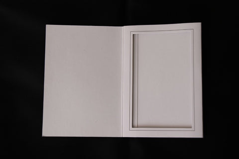 WHITE CARDBOARD PICTURE FOLDER FRAMES - Backdrop City