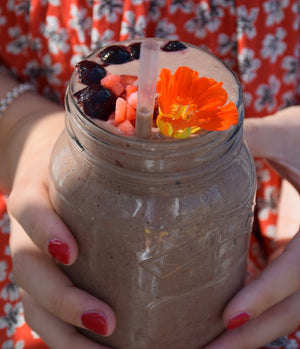 Dr Gaye Super-Shake (original) - the ultimate morning health shake - natural raw organic - shake in mason jar